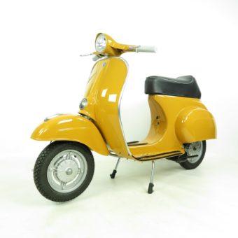 Vespa 50R giallo positano, restauriert